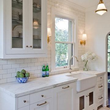 A white Monte Vista kitchen