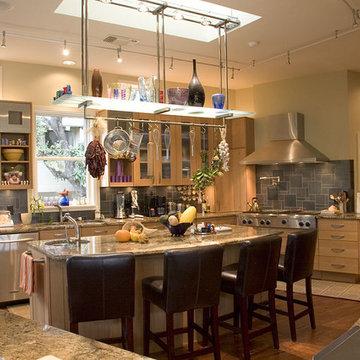 Aaronson Lake Home - Kitchen