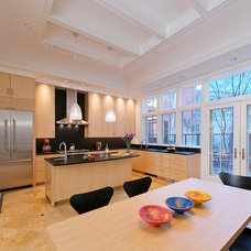 Contemporary Kitchen by Glass Construction