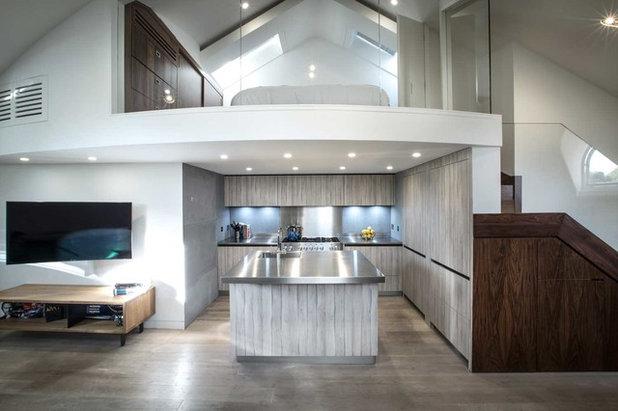 Contemporary Kitchen by VORBILD Architecture