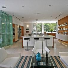 Modern Kitchen by Globus Builder