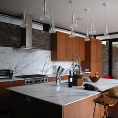 modern kitchen by Abelow Sherman Architects LLC