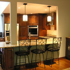 Traditional Kitchen by Interior Reflections