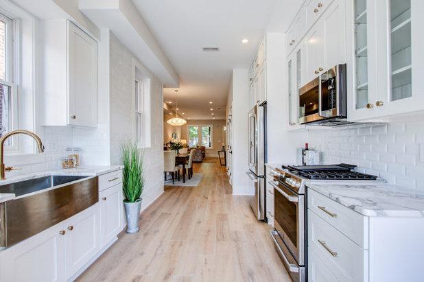Kitchen by District Floor Depot
