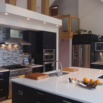 Airy Kitchen