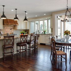 Traditional Kitchen by hetherwick hutcheson design