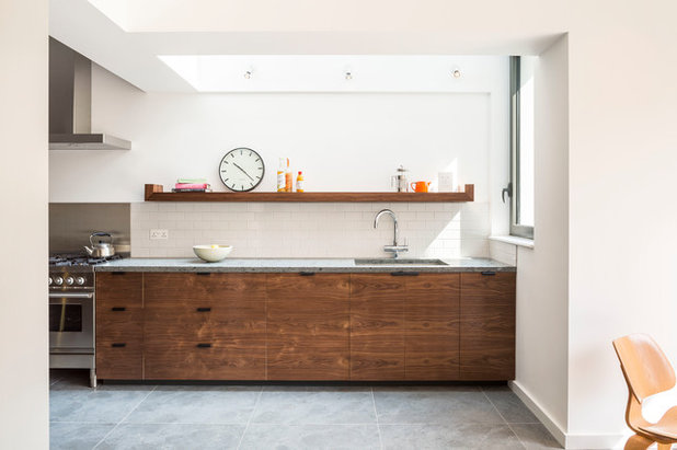 Contemporary Kitchen by TURN Architects llp