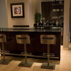 Modern Kitchen by Interior Motives
