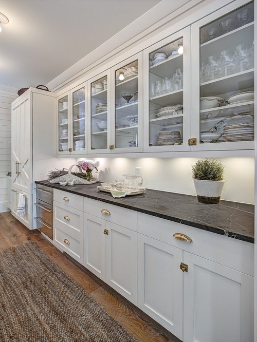 Elegant Large Farmhouse Eat In Kitchen Designs   Inspiration For A Large Farmhouse  Single Wall