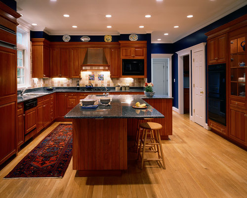 Example Of A Classic Kitchen Design In Bridgeport With A Drop In Sink,  Raised