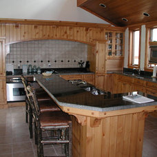 Traditional Kitchen by Aspenreaf Cabinetry & Designs Inc