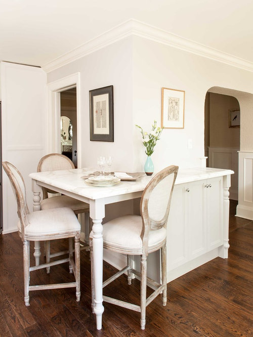 Example Of A Classic Dining Room Design In Toronto With Gray Walls