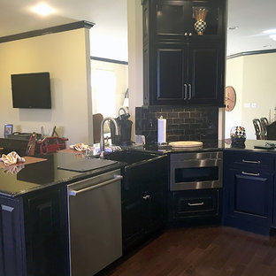 Allentown kitchen Remodel with Mouser Centra Cabinetr