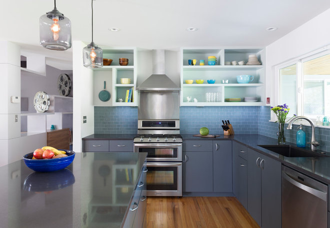 Midcentury Kitchen by Jennifer Ott Design