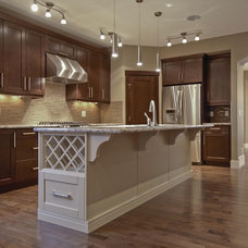 Traditional Kitchen by Treehouse Developments Ltd