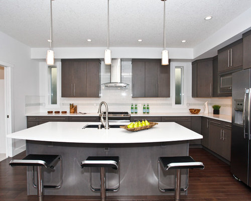 Modern Calgary Kitchen Design Ideas & Remodel Pictures