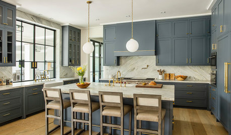 New This Week: 6 Blue Paints for Stylish Kitchen Cabinets