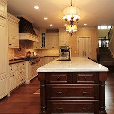 Traditional Kitchen by SE Interior Design, Inc
