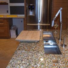 Contemporary Kitchen by Refresh Interiors Design.Com, Inc.