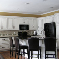 Contemporary Kitchen by Kitchen Solvers of Kansas City