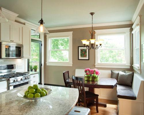 American Foursquare Kitchen Design Ideas & Remodel Pictures | Houzz
