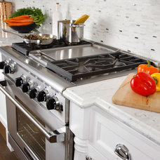 Traditional Kitchen by Plesser's Appliance