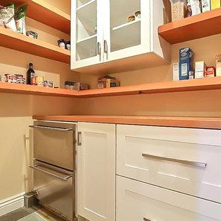 Amigo  kitchen butler's pantry
