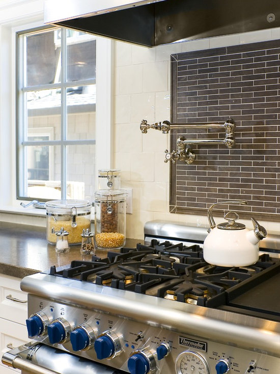 tile behind stove | houzz