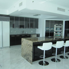 Modern Kitchen by CaRozo Design Co.