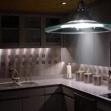Contemporary Kitchen by Hilsabeck Design Associates, Inc.