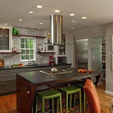 Contemporary Kitchen by Savena Doychinov, CKD/Design Studio International