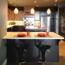 Contemporary Kitchen by Midori Yoshikawa Design Group