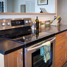 Traditional Kitchen by GreenWorks Building Supply
