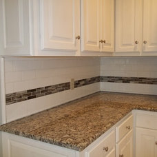 Traditional Kitchen by Dream Designs