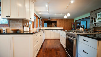 Annandale Cabin Kitchen