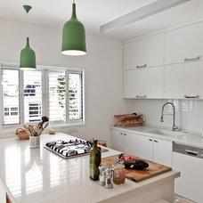 Contemporary Kitchen by SK Designers - Shimrit Kaufman