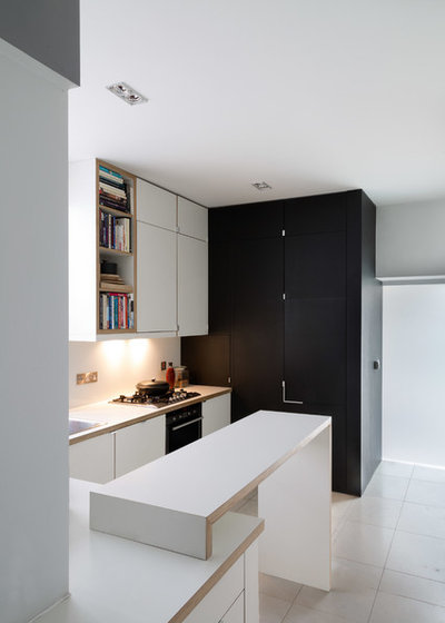 Contemporary Kitchen by Francesco Pierazzi Architects