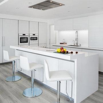 Apartment Kitchen, The Waves - Dubai
