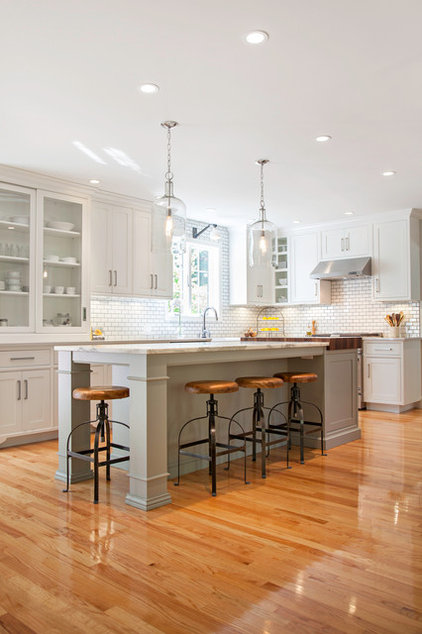 Traditional Kitchen by New England Design Works