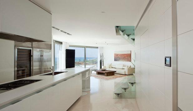 Modern Kitchen by Gerstner