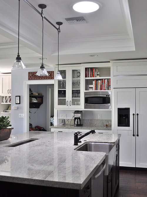Kitchen   Traditional Kitchen Idea In Phoenix With Shaker Cabinets, A  Farmhouse Sink, White