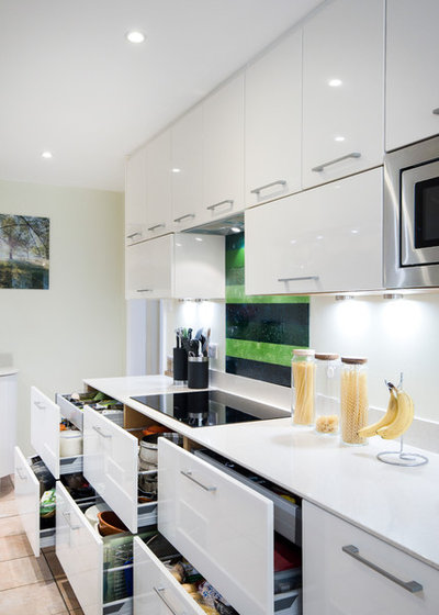 Contemporary Kitchen by Arcandbe Kitchens