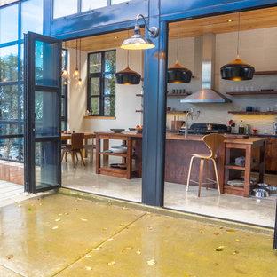 Contemporary kitchen inspiration - Kitchen - contemporary kitchen idea in Portland