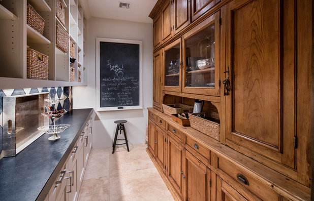 Traditional Kitchen by Thompson Photographic