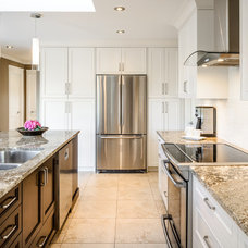 Transitional Kitchen by Maximilian Huxley Construction