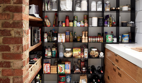 Convenience Store: 7 Decluttering Tips for Pantry Success