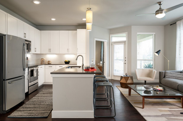 Transitional Kitchen by PPDS