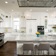 Transitional Kitchen by Harry Braswell Inc.