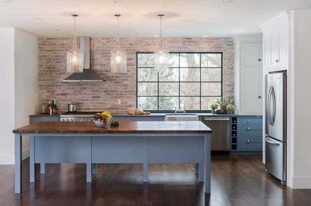 Contemporary Kitchen by Pinney Designs