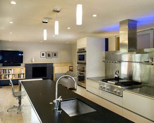 1970 Split Level Kitchen Ideas & Photos | Houzz